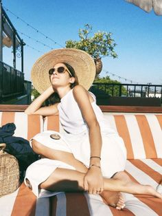 The Holiday Packing List Every Fashion Girl Should Check Before Travelling via @WhoWhatWearUK