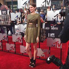 screen awards 2017 dresses   MTV Movie Awards 2014: Twitpics/Instagrams [PHOTOS]