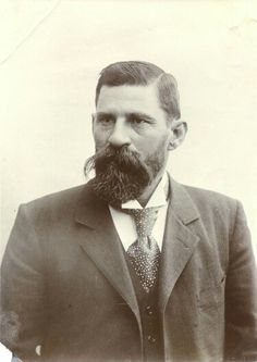 C.H.Wessels Vintage Men, Vintage Clothing, Vintage Outfits, Hairy Men, Bearded Men, Masculine Art, Vintage Portrait, Men Art, Long Beards