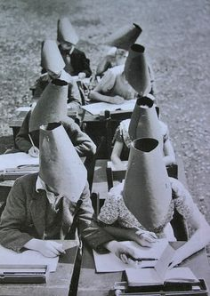 vintage everyday: Very Odd and Funny Vintage Photos That Cannot Be Explained
