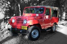 Sure, the Toyota Land Cruiser is more well-known. But a Volcan Vintage Nissan Patrol is a fine alternative for old-school fun. Nissan Patrol, Toyota Land Cruiser, Classic Cars, Automobile, Rising Sun, Bobbers, Volcano, Roads, Motors