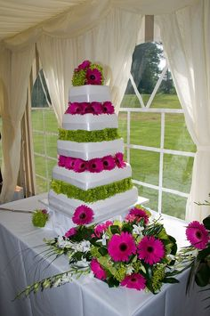 5-tier wedding cake with fresh flowers by Truly Scrumptious Wedding & Events, Peterborough. www.truly-scrumptious-events.co.uk