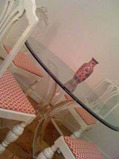 New fabric on flea market chairs - a staple gun and a fresh coat of white paint! http://www.backtoa.com