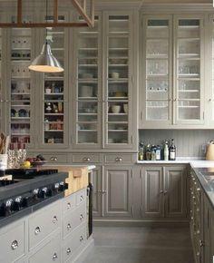 meubles cuisine ikea avis bonnes et mauvaises exp riences ikea vaisselier lambris mural et. Black Bedroom Furniture Sets. Home Design Ideas