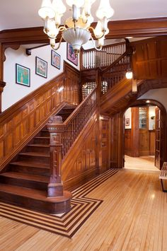 30 Best Classic Staircase Design For Your Home > Fieltro. Wooden Staircases, Wooden Stairs, Stairways, House Staircase, Staircase Design, Stair Design, Victorian Interiors, Victorian Homes, Victorian Stairs