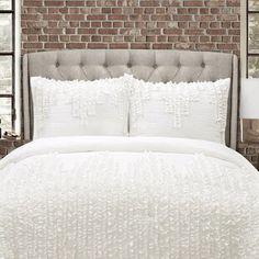 August Grove Spiritwood Lake Comforter Set | Birch Lane Minimalist Bedroom, Modern Bedroom, Modern Bedding, Minimalist Design, Cozy Bedroom, Bedroom Decor, Bedroom Ideas, Master Bedroom, Classic Bedding Sets