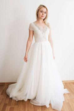 Embroidered Neckline Wedding Dress || V Neck Wedding Dress