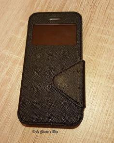 Premium Flip Case Apple iPhone 7 von ROAR Also manchmal bin ich schon eine richtige Schlafmütze. Da freue ich mich wie Bolle, dass ich von testberichte.reviews für eine Schutzhülle des iPhone 7Plu…