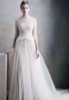 Brudklänningen som passar dig bäst – enligt ditt stjärntecken