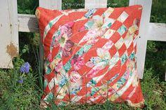 Joy's Jots, Shots & Whatnots: Weaved Circle Pillow Cover