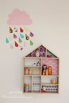 House shelf with paper and cloud DIY..
