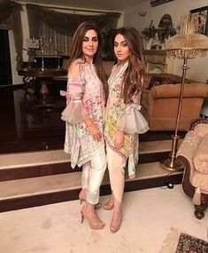 whether they're embellishments on a bag or a dainty little detail on your sleeve we've been seeing bows everywhere! Pakistani Fashion Casual, Pakistani Dresses Casual, Pakistani Dress Design, Indian Dresses, Indian Outfits, Indian Fashion, Pakistani Street Style, Eid Outfits Pakistani, Stylish Dresses
