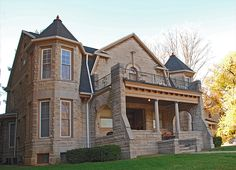 Standout architecture on Washington St. Stone Mansion, Washington Street, Renting A House, Indiana, Mansions, Architecture, House Styles, Home Decor, Arquitetura