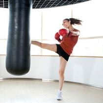 Read on to find out what kickboxing is and acquaint yourself with some of the essential yet basic kickboxing workout guidelines.