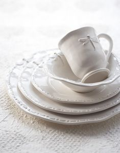 White dishes with dragonfly = prettiness!