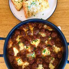 Malai dulce Catio, Mozzarella, Ethnic Recipes, Buffet, Food, Sweet, Essen, Meals, Yemek