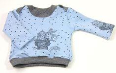 Kostenloses Schnittmuster und Anleitung, um sich ein schönes Shirt mit Kreuzausschnitt in verschiedenen Variationen (Größe 56 - 92) zu nähen.
