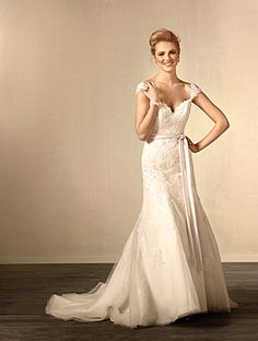 Alfred Angelo Bridal Style 2440 from Full Collection