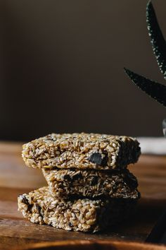 Superfood Chocolate Sesame Snack Squares for ALOHA | Faring Well | #vegan #recipe
