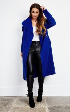 We're totally loving the waterfall trend this season as this coat ticks all the right boxes. Made in Italy, this super soft fabric has a luxurious feel. The loose fit and flattering open front are perfect for transitioning between seasons. Use the belt to Winter Looks, Winter Style, Casual Outfits, Fashion Outfits, Womens Fashion, Blue Outfits, Office Outfits, Winter Outfits, Unique Fashion