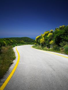 Summer colours and an empty road on the island of Corfu, #Greece #Hellas