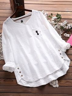 Embroidery Cat Hollow Out Loose Cotton Shirt for Women can cover your body well, make you more sexy, Newchic offer cheap plus size fashion tops for women. Shirt Embroidery, Flower Embroidery, Embroidery Fashion, Embroidered Blouse, Purple Fashion, Plus Size Blouses, Shirt Sale, Blouse Designs, Blouses For Women