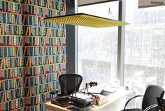 Gut kombiniert: Leuchte für akustisches Wohlbefinden am Arbeitsplatz
