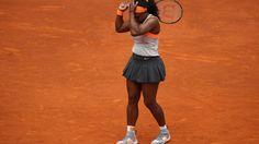 Traumfinale geplatzt: Auch Williams scheitert in Madrid. Überraschungsendspiel statt Traumfinale: Beim WTA-Turnier in Madrid ist das erhoffte Duell zwischen Top-Favoritin Serena Williams (33) und Titelverteidigerin Maria Scharapowa geplatzt. Williams verlor ihr Halbfinale gegen die tschechische Wimbledonsiegerin Petra Kvitova überraschend deutlich mit 2:6, 3:6 und kassierte die erste Niederlage im Jahr 2015. Zuvor war Scharapowa, Nummer drei der Welt, ebenso klar mit 2:6, 4:6 an ihrer…