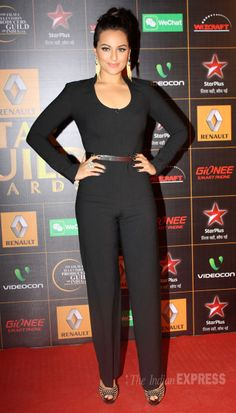 Sonakshi Sinha on the red carpet at the Star Guild Awards 2014. #Style #Bollywood #Fashion #Beauty