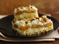 Challenged with a sweet tooth on a gluten-free diet? Try our yummy apple bars thanks to Betty Crocker® Gluten Free cake mix