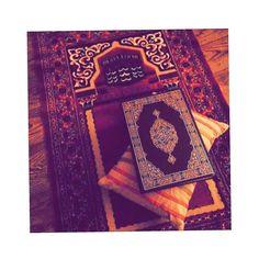 Quran Wallpaper, Logo Wallpaper Hd, Islamic Wallpaper, Islamic Images, Islamic Videos, Islamic Pictures, Best Islamic Quotes, Quran Quotes Inspirational, Quran Pak