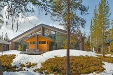 Built from renewable solid wood in a sustainable way, Honka log cabins and holiday lodges are a perfect fit for any environment. Browse our collection for ideas! Log Cabin Holidays, Modern Barn House, Wooden Architecture, Log Homes, Scandinavian Style, Lodges, Perfect Fit, Log Cabins, House Styles