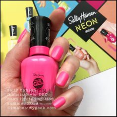 Another neon collection for Summer This one is the Sally Hansen Miracle Gel Neon Collection that should be in-store all over the place as of right, right now. Neon Nail Colors, Neon Nails, Pink Polish, Nail Polish, When I Grow Up, Sally Hansen, Easy Paintings, Swatch, Perfume Bottles