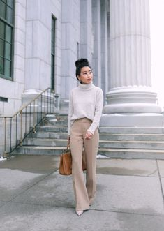 workwear ideas for winter // office outfits for women petite tan trousers // Extra Petite fashion bl Business Casual Outfits For Women, Casual Work Outfits, Work Casual, Work Attire, Work Outfits Women Winter Office Style, Cute Office Outfits, Classy Fall Outfits, Casual Dresses, Stylish Outfits
