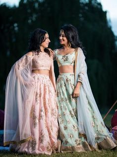 I went out with my sister's friend to shop for her Bridal Lehenga. She did all her research overnight for the latest trends and decided how her bridal lehenga is gonna be! Indian Lehenga, Green Lehenga, Lehenga Choli, Floral Lehenga, Bollywood Lehenga, Pakistani, Indian Bridesmaids, Bridesmaid Outfit, Bridesmaid Ideas