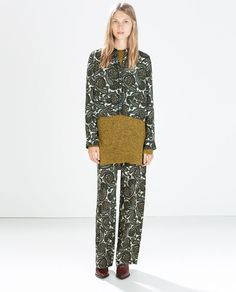 Image 1 of PRINTED LOOSE FIT TROUSERS from Zara