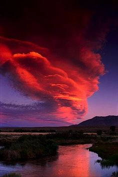 ✯ Lenticular cloud over the Owens River, Eastern Sierra, California
