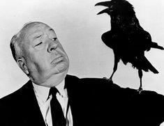 """Hitchcock, 7 frases famosas de Alfred Hitchcock. Apodado """"el maestro del suspense"""", Alfred Joseph Hitchcock nació en Londres el 13 de agosto de 1899, y murió el29 de abril de 1980 muy lejos de allí, en Los Ángeles, tras seis décadas de producción cinematográfica y más de 50 filmes en los quesentó las bases de dos novedosos géneros: el suspense y el thriller psicológico.El cineasta británico gustaba de mantener en vilo al espectador haciéndole percibir la llegada de un desenlace dramático…"""