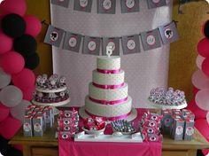 Festa Pronta - Barbie - Tuty - Arte & Mimos Que tal usar esta inspiração para a próxima festa? Entre em contato com a gente! www.tuty.com.br #festa #personalizada #party #birthday #tuty #Happy #love #party #Bday #Cute #Barbie #Pink #Love