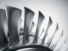 티타늄…15배 쾌속 절단법? -테크홀릭 http://techholic.co.kr/archives/51433