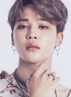 Find images and videos about kpop, bts and bangtan boys on We Heart It - the app to get lost in what you love. Bts Jimin, Bts Bangtan Boy, Bts Jungkook, Jimin Hot, Jimin Jungkook, Seokjin, Namjoon, Jikook, K Pop