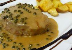 Filetto di maiale al pepe verde: un piatto di carne prelibato, ma semplice e veloce così come lo impariamo a cucinare qui!