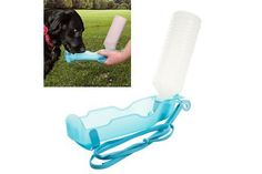 PAW Portable Dog Water Dish - Water on the Go!    Retail Price: $19.99  Yugster Price  $5.97