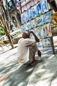 Admirador de arte (Paseo Marti - La Habana)