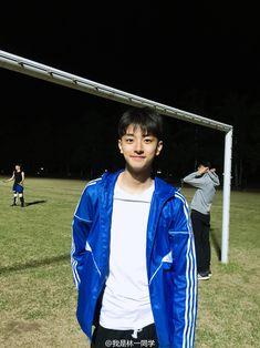 Boy Pictures, Boy Images, Cute Baby Pictures, Korean Boys Ulzzang, Ulzzang Kids, Korean Girl, Korean Best Friends, Boy Photography Poses, Cute Actors