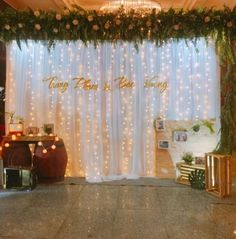 Creative Diy Wedding Photo Booth 31 - Page 2 of 31 - Wedding Dream Diy Wedding Photo Booth, Wedding Reception Backdrop, Wedding Stage Decorations, Engagement Decorations, Backdrop Decorations, Wedding Backdrops, Decor Wedding, Photo Booth Backdrop, Photo Booths