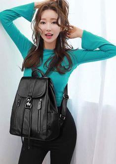 High Quality Leather Backpack Woman New Arrival Fashion Female Backpack Large Capacity School Bag Mochila Feminina String Bag.