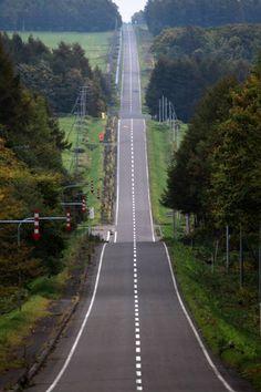 long long up down road, Hokkaidou, Japan Photo Background Images, Photo Backgrounds, Beautiful Roads, Beautiful Places, Places To Travel, Places To Visit, Japanese Landscape, Roadtrip, Nature Pictures