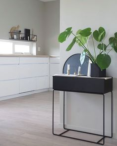 Love this beautiful kitchen corner of 👈🏻 Ferm Living Balance candle holder in brass is now added to our sale 💫 . Home Design Diy, Condo Design, Interior Design, New Kitchen Doors, Plant Box, Small Hallways, Kitchen Corner, Interior Plants, Scandinavian Home