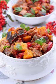wesoła kuchnia: Dyniowy gulasz z karkówką Kung Pao Chicken, Ethnic Recipes, Food, Meal, Essen, Hoods, Meals, Eten